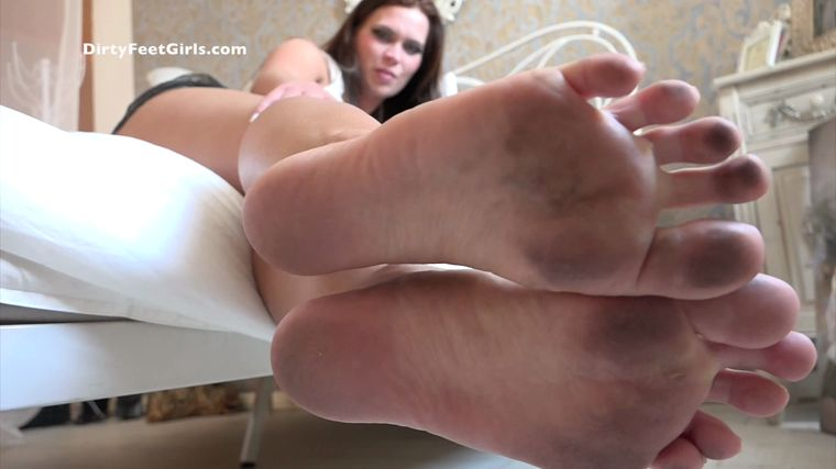 Feet girls dirty