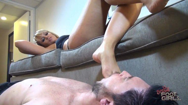 Italian chandlier sex position