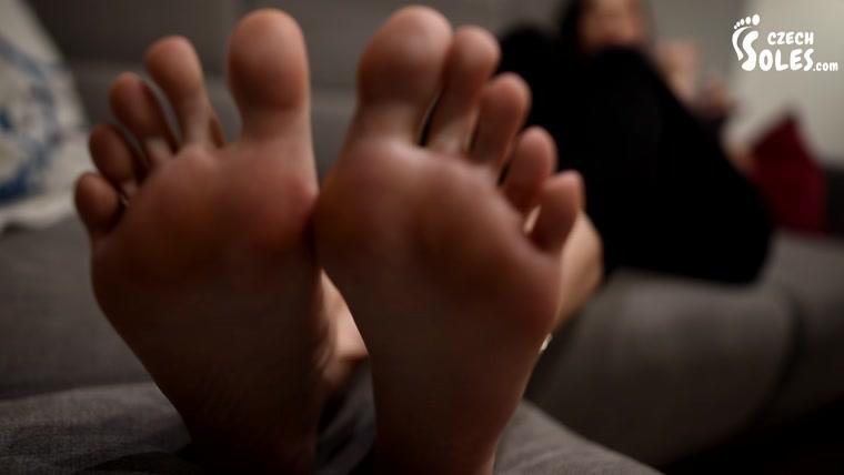 Thalia soles in worship pov